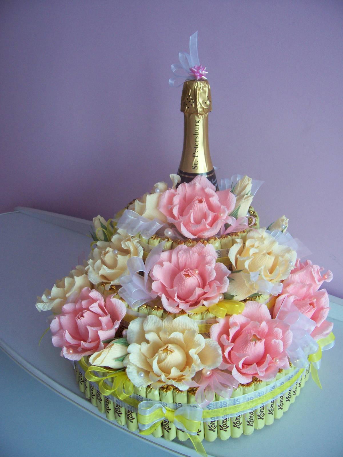 Открытки с шампанским с тортом 89